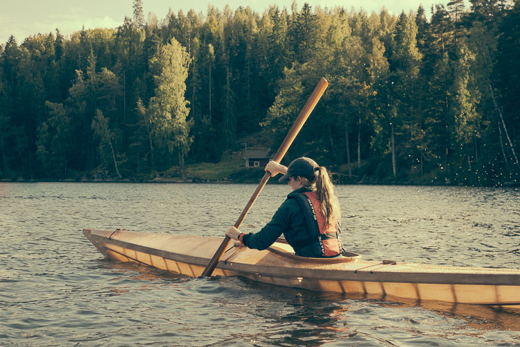 Paddle the Rainbow: Seawolf's Kayak Color Guide